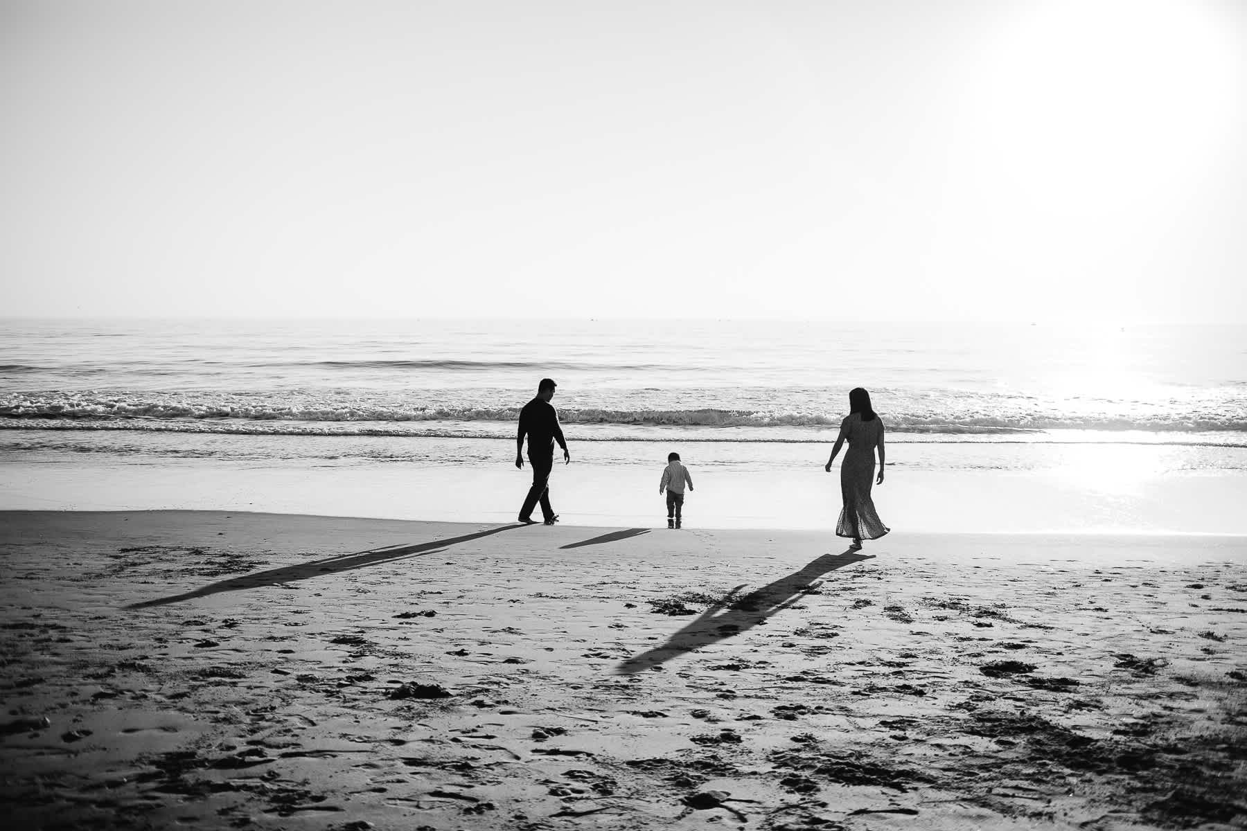 Half-moon-bay-beachy-sunset-lifestyle-family-session-4