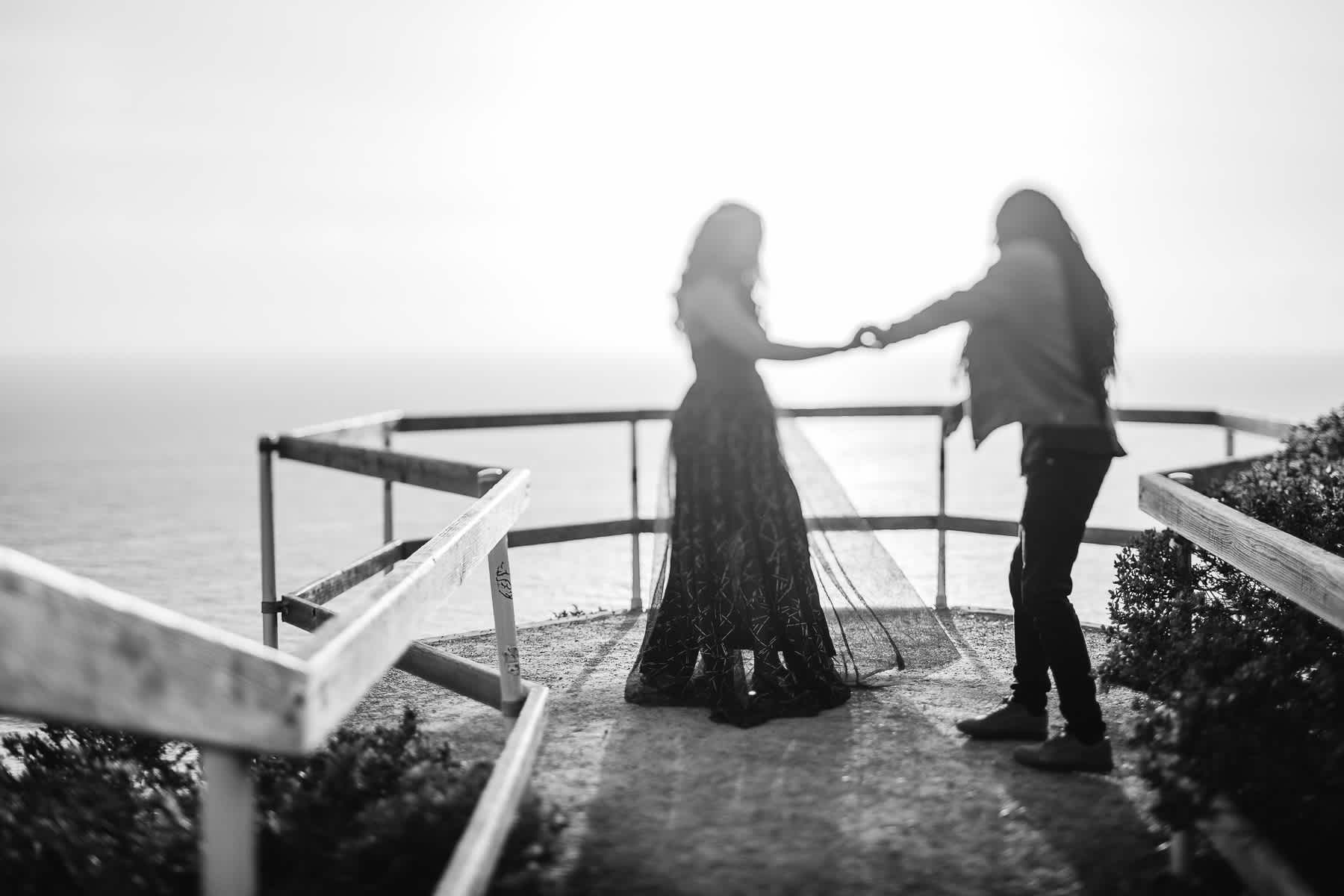 muir-beach-ca-spring-lifestyle-engagement-session-13