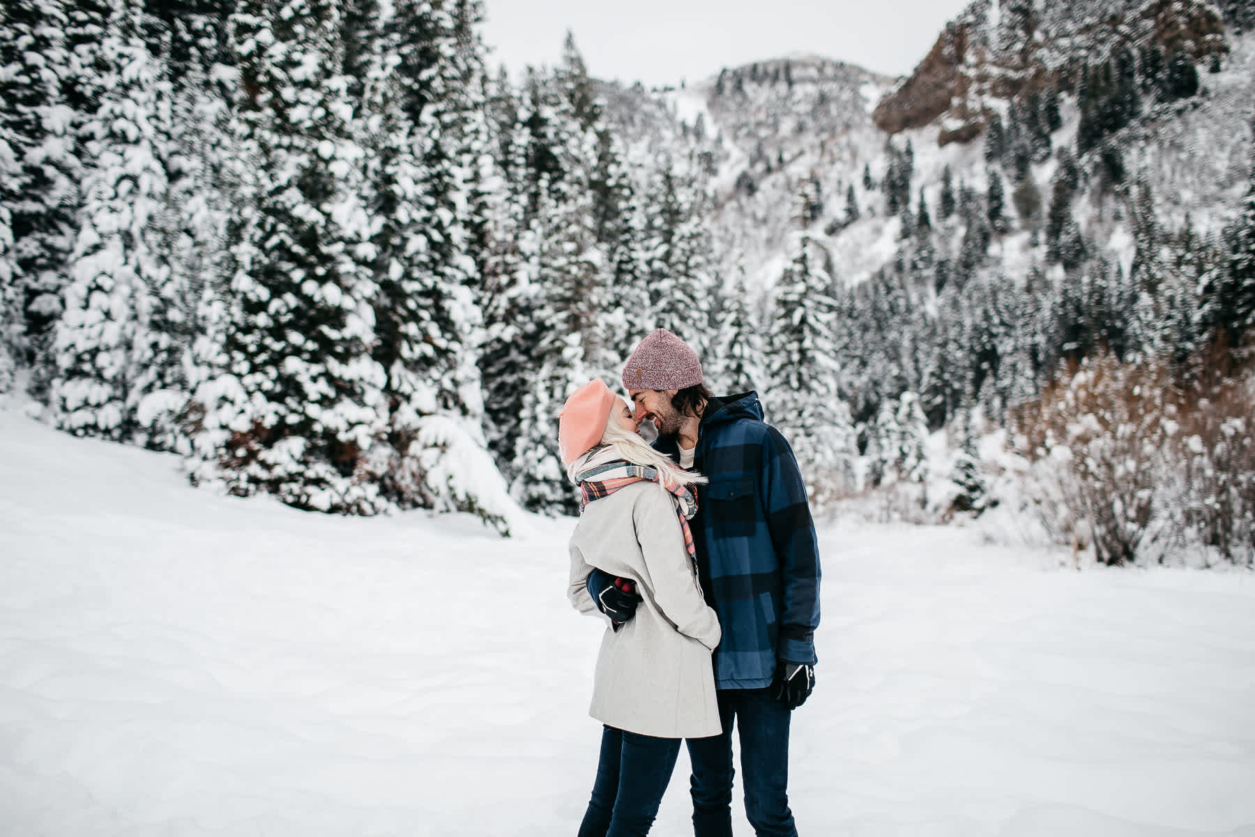 salt-lake-city-big-cottonwood-canyon-couple-session-30
