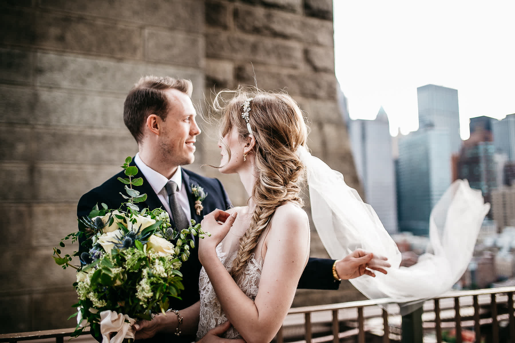 nyc-bhldn-stylized-brooklyn-bridge-elopement-29