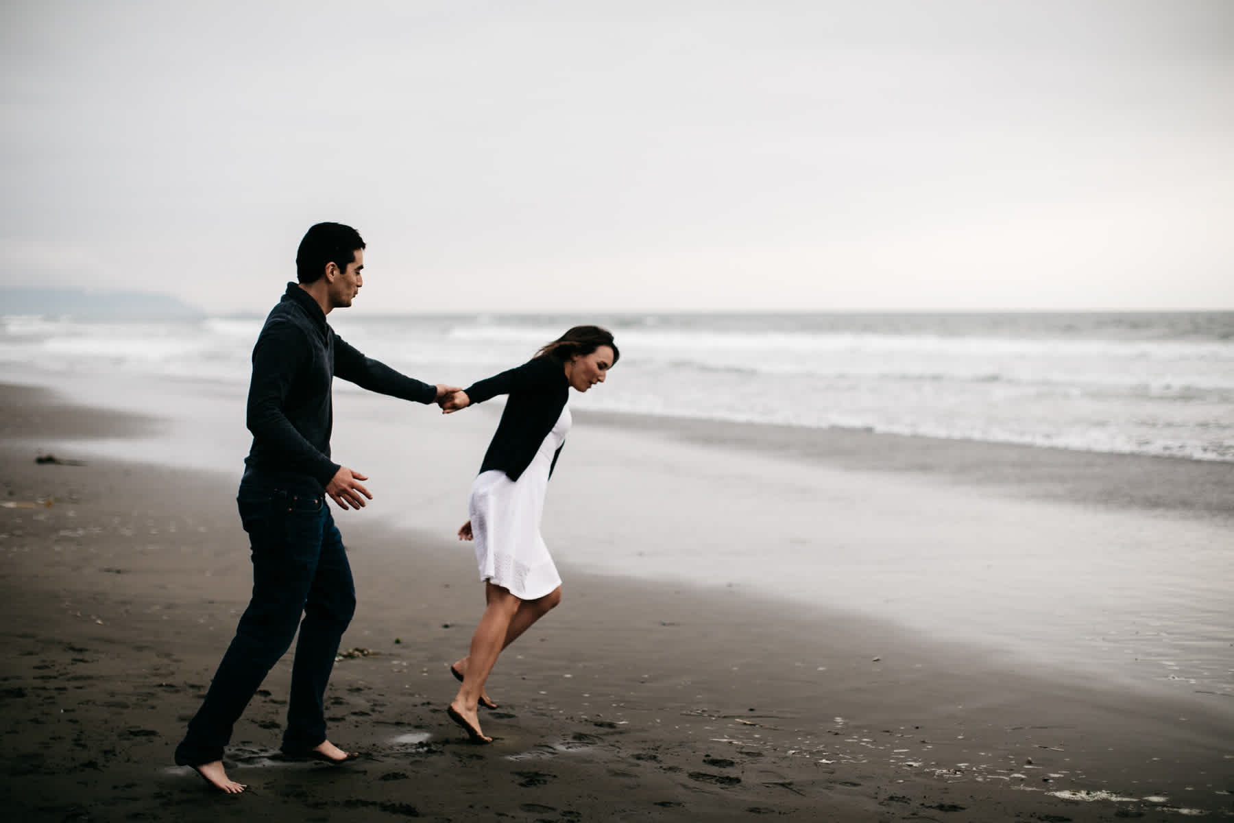 fort-funston-foggy-fun-beach-water-engagement-session-47