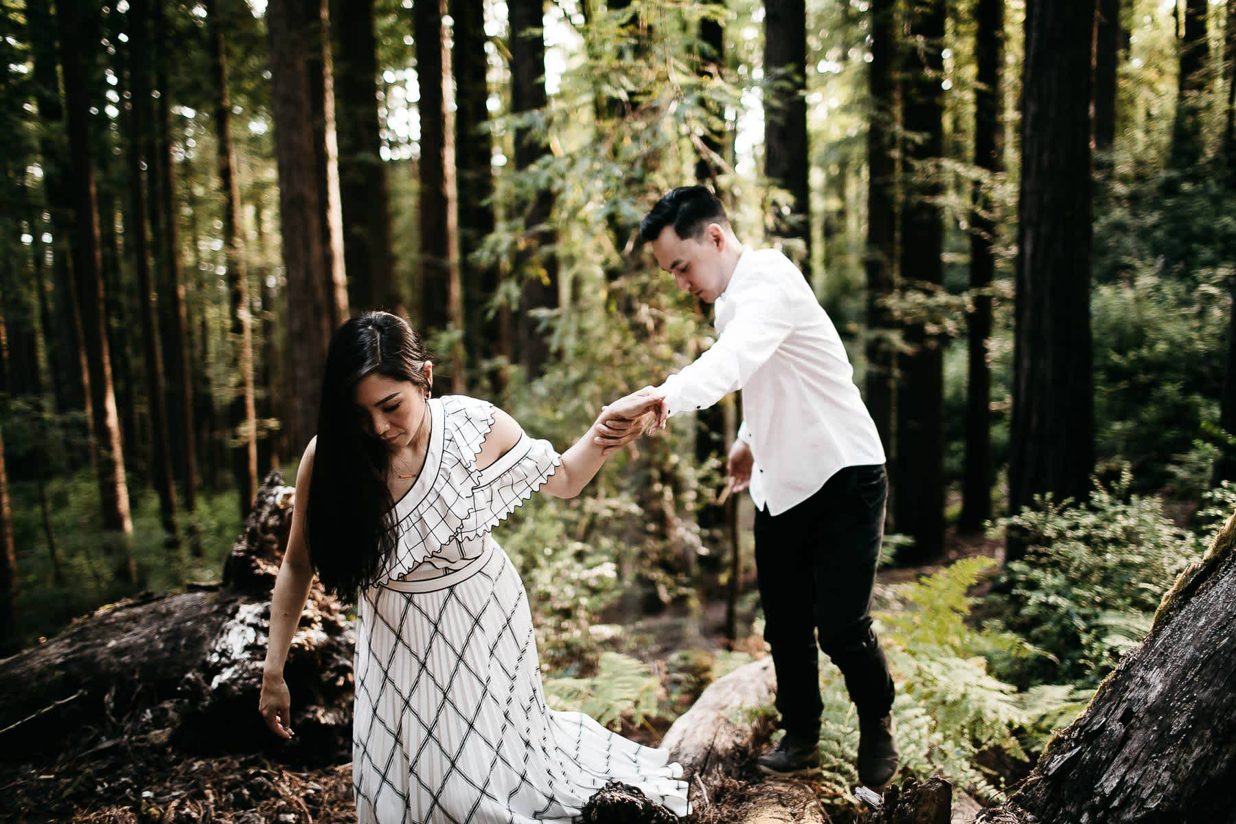 stinson-beach-muir-woods-sf-fun-quirky-engagement-session-1