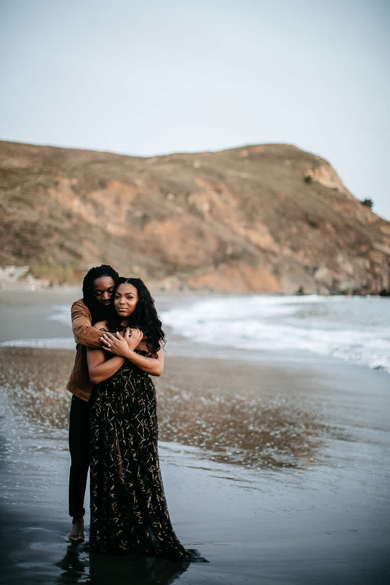 muir-beach-ca-spring-lifestyle-engagement-session-51