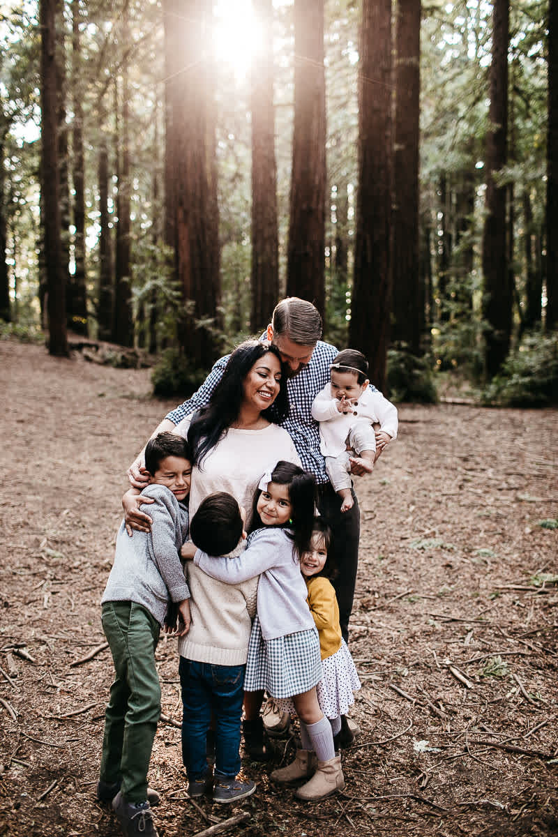 oakland-redwoods-dreamy-big-family-lifestyle-session-11
