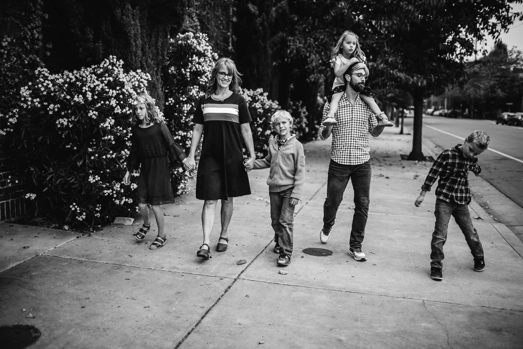 downtown-oakland-lifestyle-family-session-29