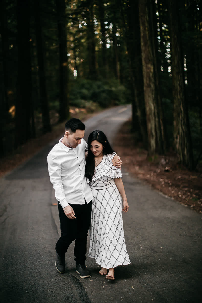 stinson-beach-muir-woods-sf-fun-quirky-engagement-session-11