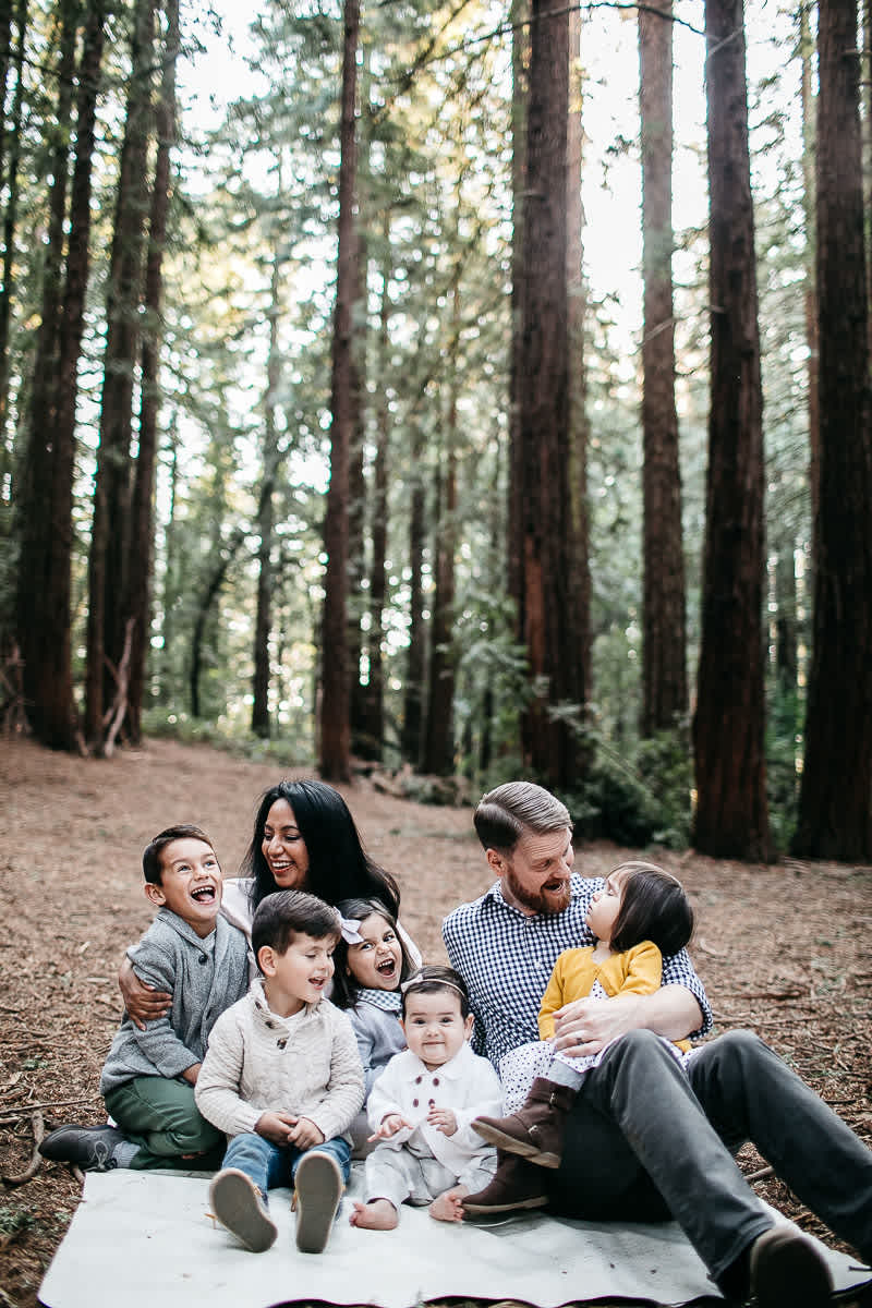 oakland-redwoods-dreamy-big-family-lifestyle-session-17