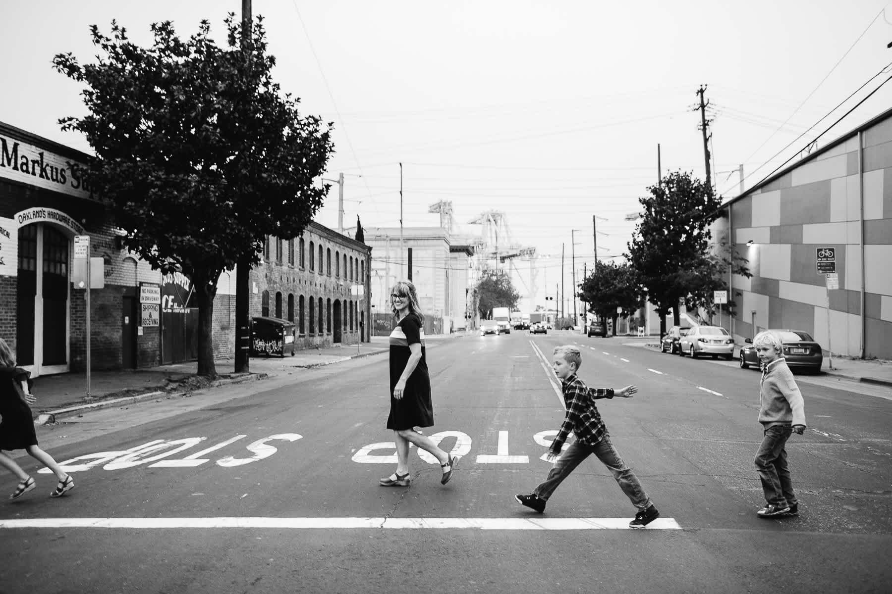 downtown-oakland-lifestyle-family-session-46