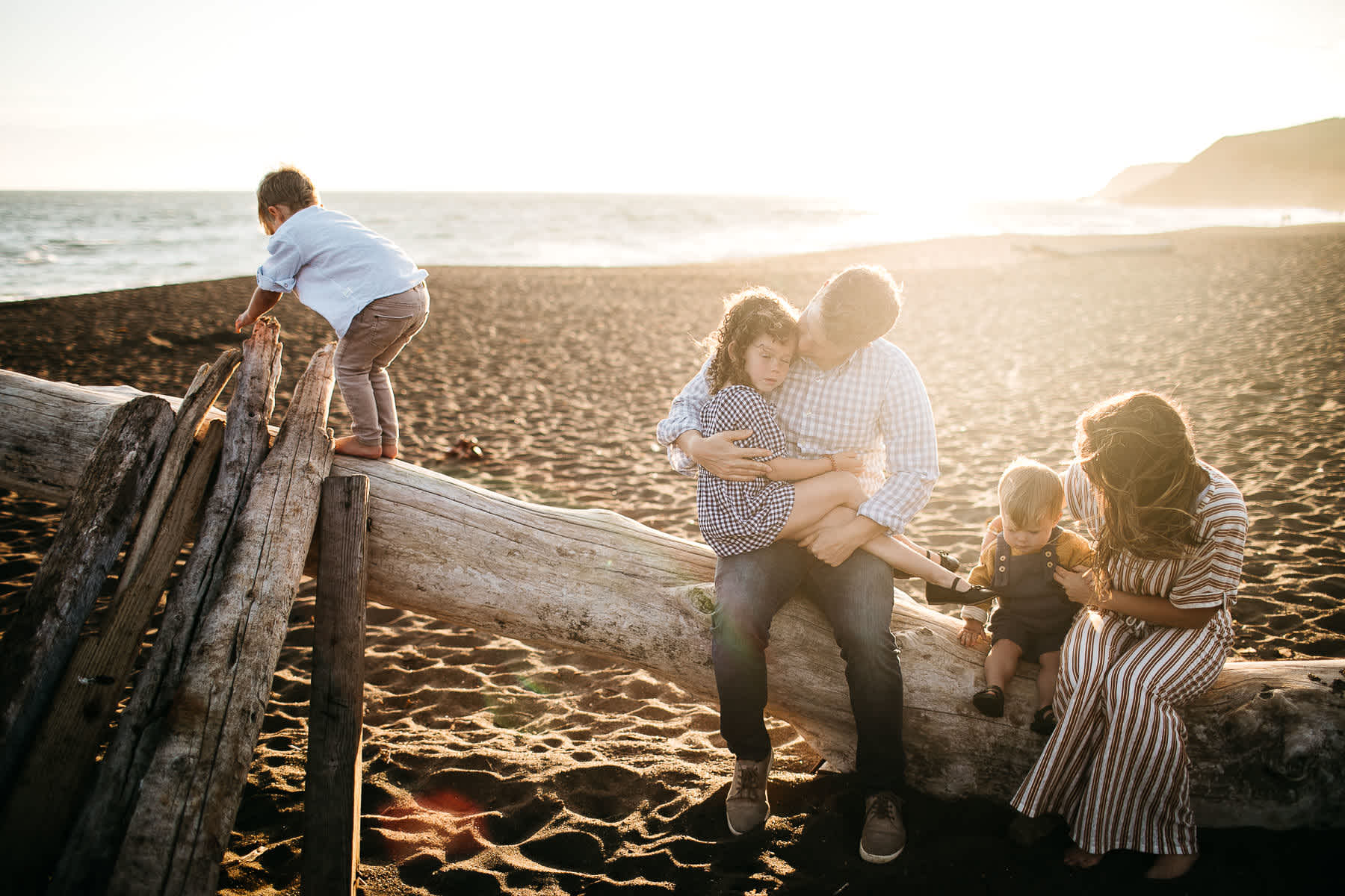 rodeo-beach-california-hills-lifestyle-family-session-31