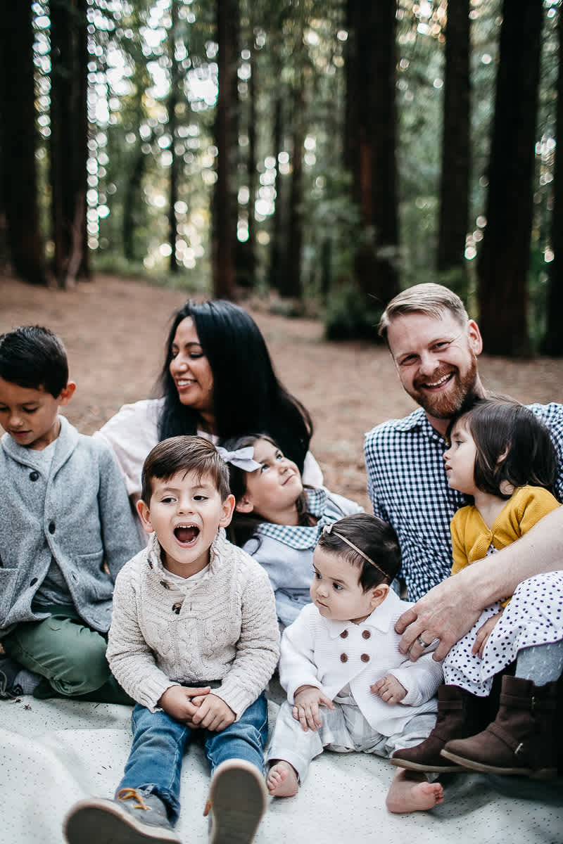 oakland-redwoods-dreamy-big-family-lifestyle-session-18