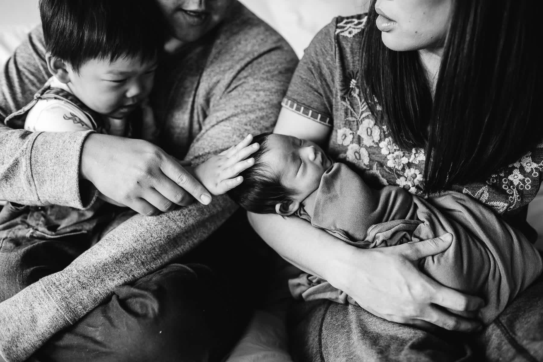 san-jose-family-lifestyle-newborn-rainy-day-shoot-8