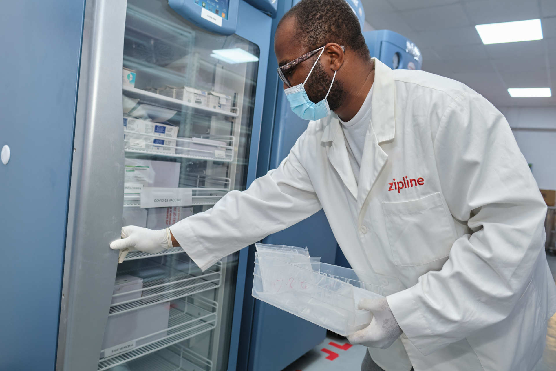 Ghana_Freezer_Vaccine