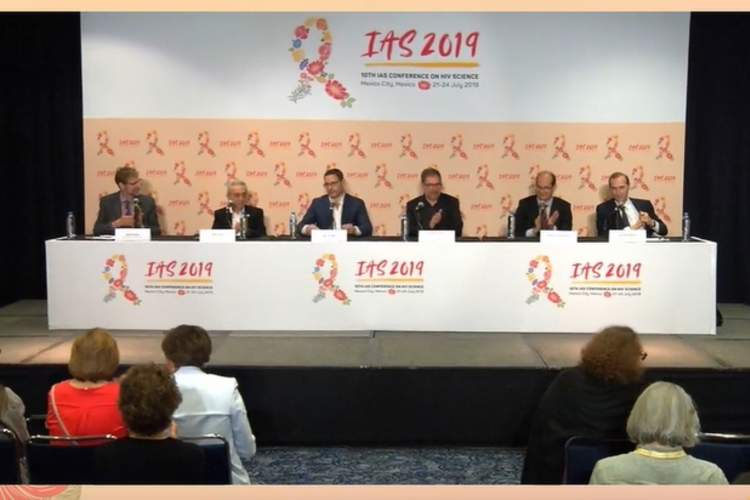 Full panel for HIV Treatment Research: New Drugs and More Efficient Regimens press conference