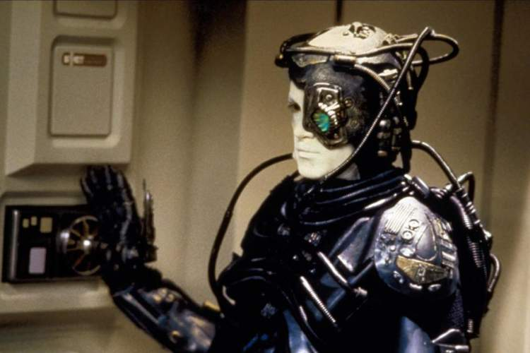 Actor Jonathan Del Arco portrays a Borg in a 1987 episode of Star Trek: The Next Generation
