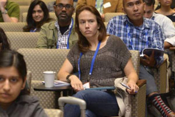 Attendees observe a session at IDWeek 2017 (Credit: Infectious Diseases Society of America)
