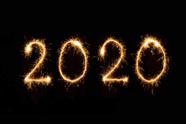 2020 written in sparklers