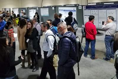 Attendees in the poster hall at CROI 2018