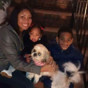 Jada's niece, with her two children and Curio