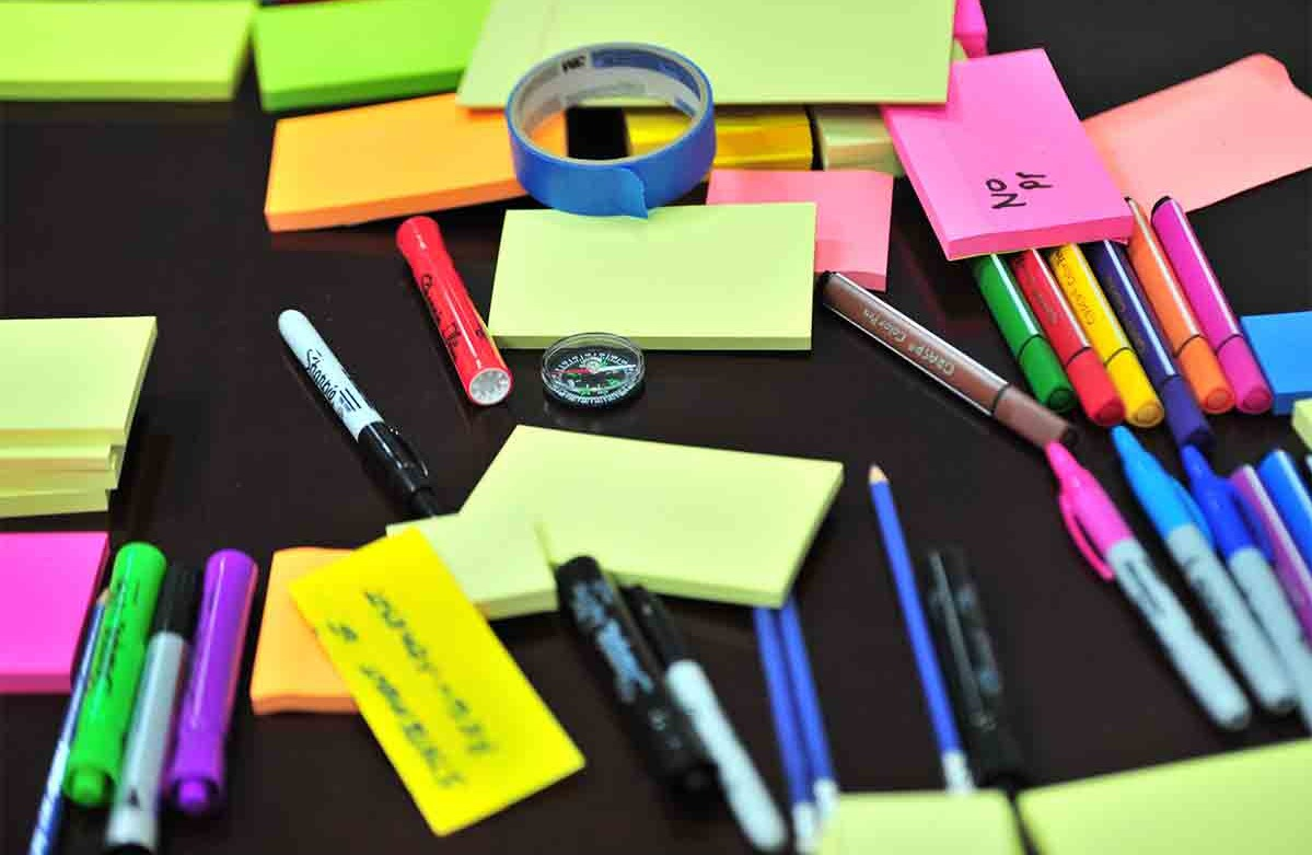 Sharpies, sticky notes and tape for creating user persona ideas