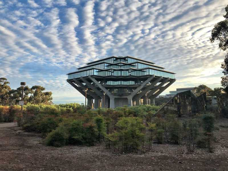 UCSD giesel library