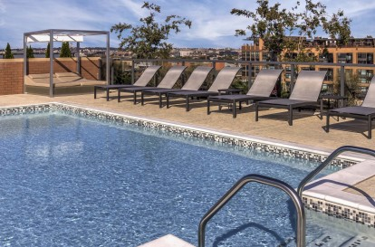 Metro rooftop pool chairs
