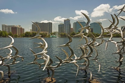 Bird statue at lake eola