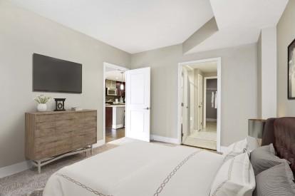 Cherry wood design scope bedroom with en suite bathroom