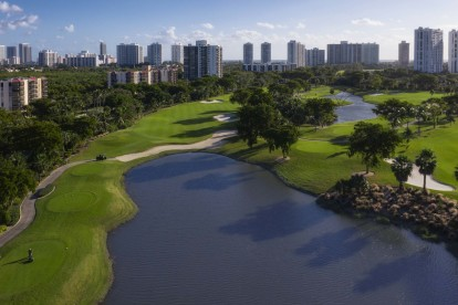 Play a round at turnberry isle golf course