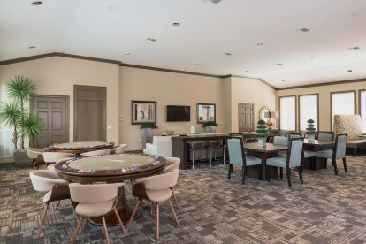 Resident game lounge with poker tables