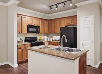 Kitchen wood like flooring and island counter