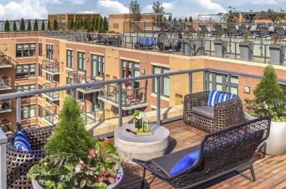 Metro rooftop entertainment lounge