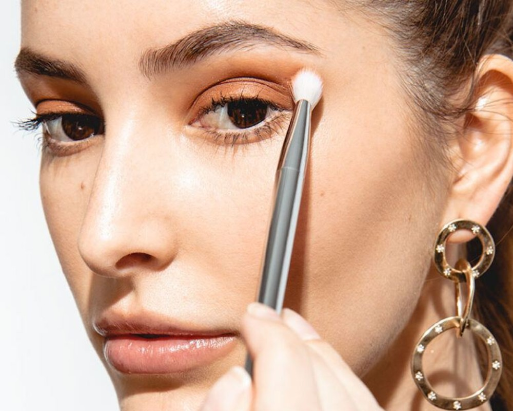 So What S The Best Makeup For Dry Eyelids