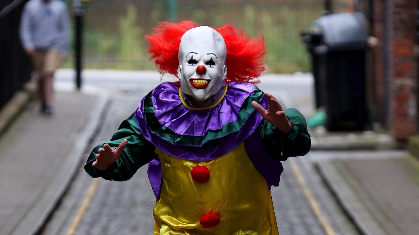 Why Is The Killer Clown Craze Sweeping Across Britain Itv News
