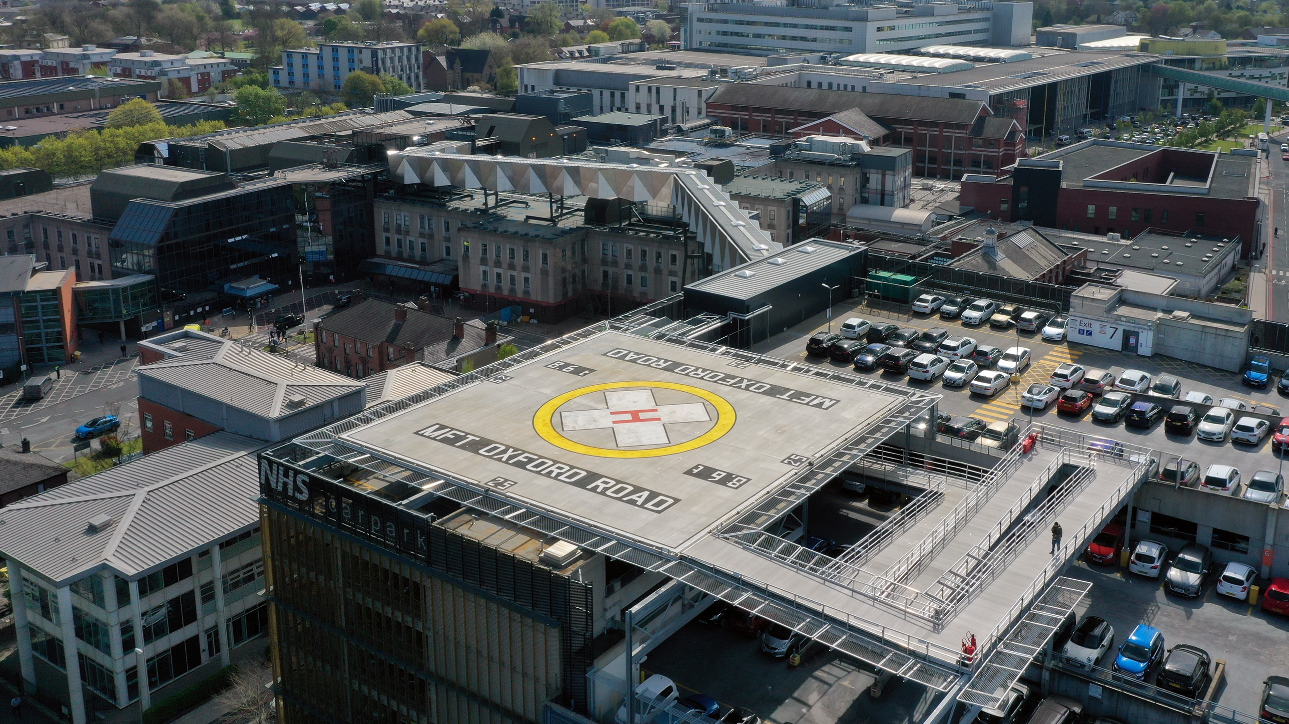 Photo 1   Aerial shot of the Helipad on MFT   s Oxford Road Campus site.
