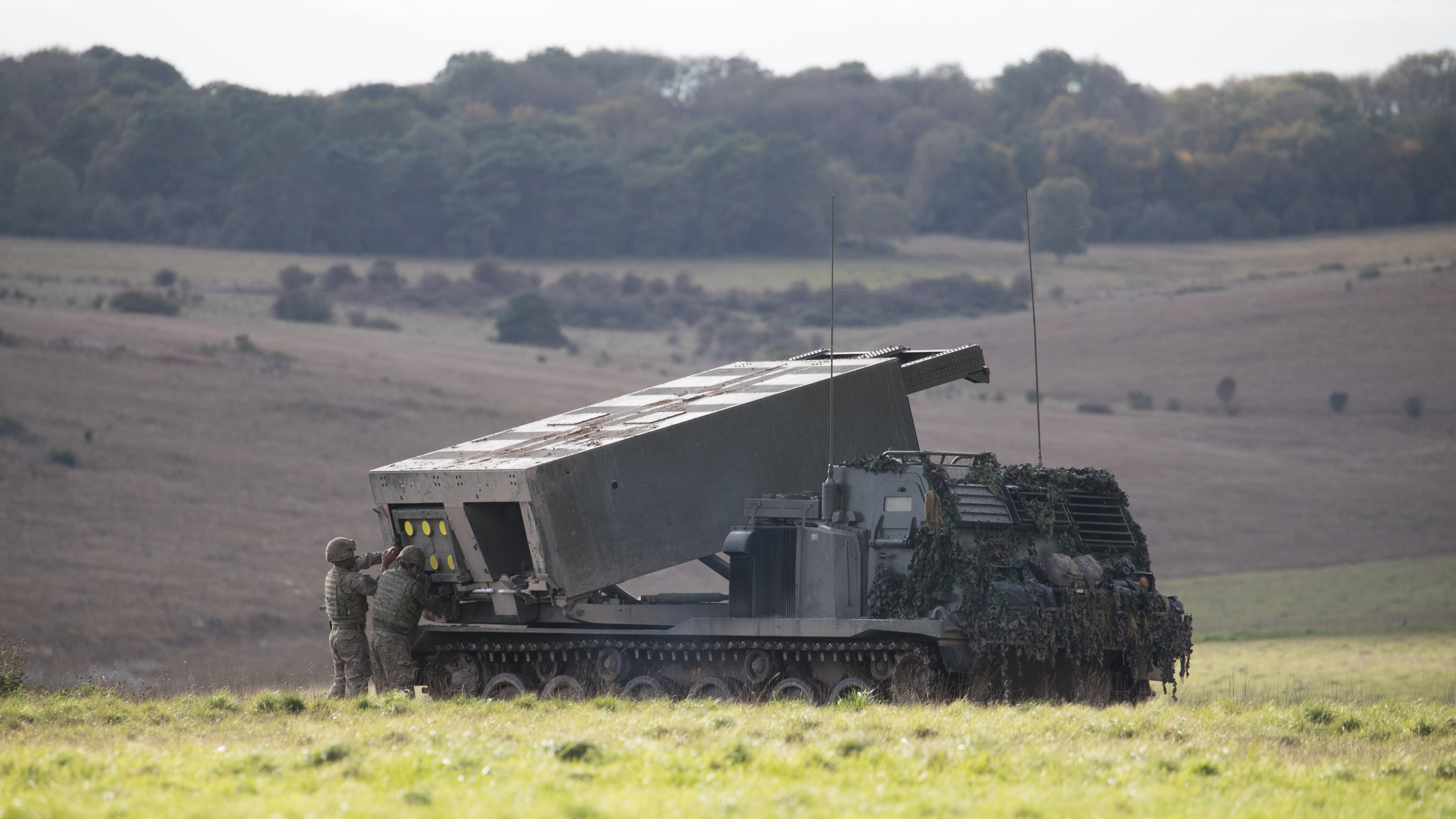 Soldier operating armoured vehicle dies during military exercise in Wiltshire | ITV News