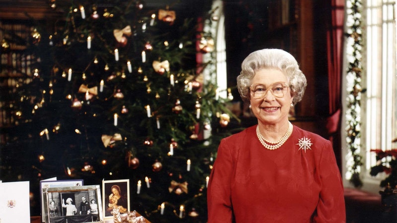 2021 Queen Christmas Message The History Of The Queen S Christmas Speech Itv News