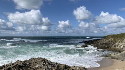 Rough sea Newquay clouds