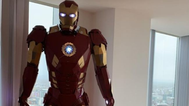 Iron Man sculpture