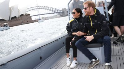whisky Vulgaridad Prestigioso  Primark threatened with legal action over 'counterfeit' version of Veja  trainers loved by royalty | ITV News
