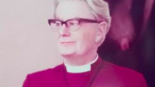Former Bishop of Chester Hubert Victor Whitsey
