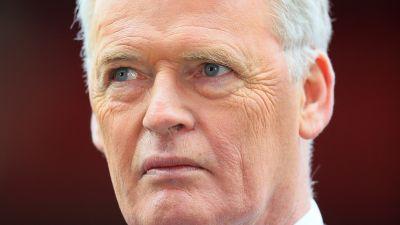 Former Leeds United defender Gordon McQueen diagnosed with dementia