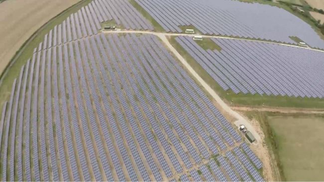 The solar park will be able to generate more clean power throughout the day, enough to power all of the homes in Swale and Canterbury combined