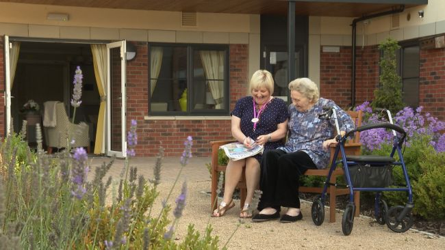 Carehome staff told to get the vax or face the axe