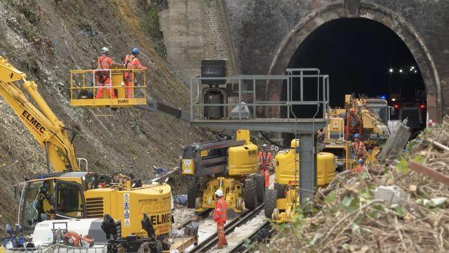 network rail hove works