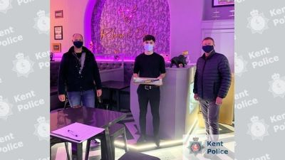 242020-kent wand tablet police-Kent Police