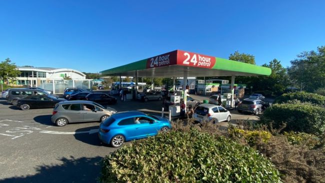240921-petrol station queue in canterbury
