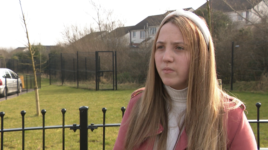Teen who lost five of family to addiction calls for NI detox services | ITV News