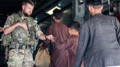 260821 man from Belton helping troops