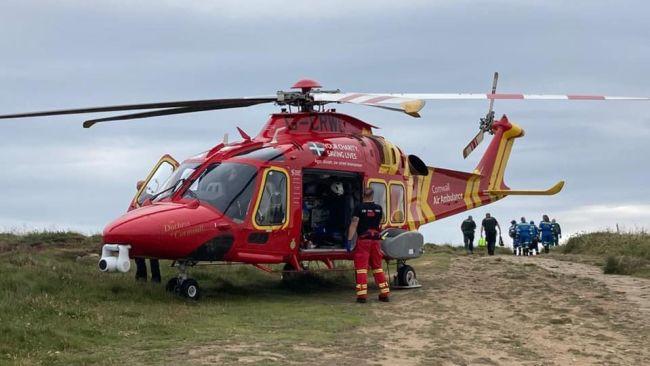 Coastguard, Land's End 040821