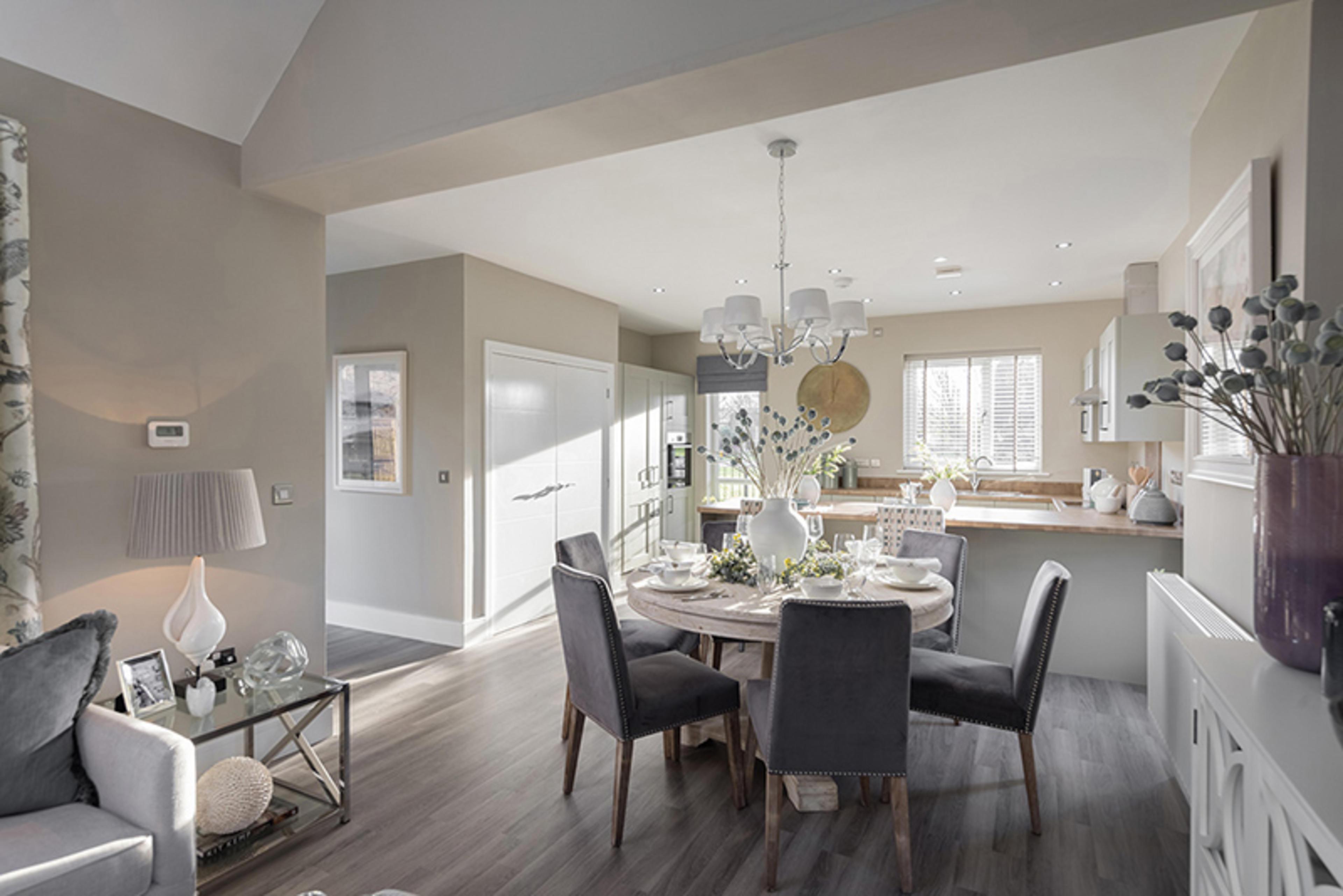 watling-grange-harrogate-calder-3-bed-home-dining-room-and-kitchen-1
